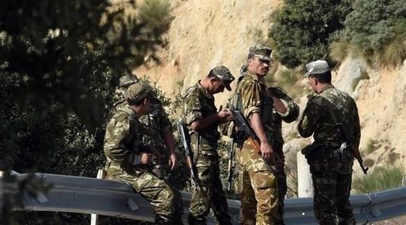 الجزائر خامس إرهابي يسلم نفسه للجيش منذ بداية الشهر الحالي