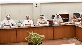 «ضريبة التحويلات».. الحكومة تتمسك بفرضها على الكويتيين