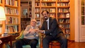 الأديب الإيطالي «أندريا كاميلليري» بشيد بالنهضة الثقافية الكويتية المتجددة