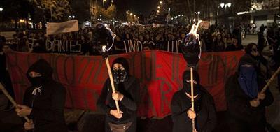 مسيرات نسائية في تشيلي للتنديد بالعنف ضد المرأة