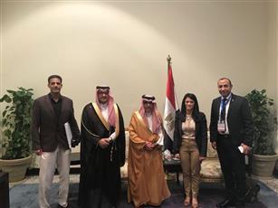 رئيس المنظمة العربية للسياحة د. بندر بن فهد آل فهيد يتسلم مفتاح مدينة شرم الشيخ