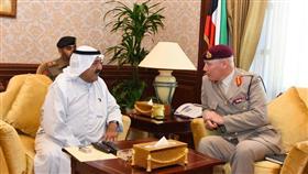 الكويت وبريطانيا ناقشتا التعاون العسكري