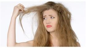 حاربي جفاف شعركِ في رمضان بـ 6 حيل بسيطة