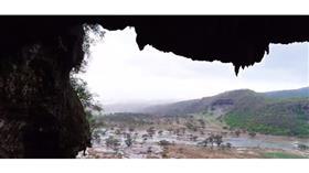 صلالة العمانية تتحول إلى مناظر خلابة بعد الإعصار
