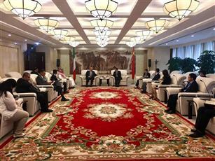 الكويت والصين تبحثان مشروع «الحرير وتطوير الجزر»