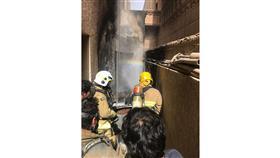إخماد حريق منزل في «سعد العبدالله»