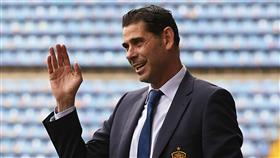 الاتحاد الإسباني يعلن تعيين فرناندو هييرو مدربًا للمنتخب قبل كأس العالم