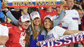 تحذير حكومي للروسيات خلال كأس العالم.. «إياكن والأجانب»