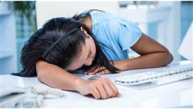 دراسة: عمل المرأة 45 ساعة أسبوعياً يزيد خطر السكري