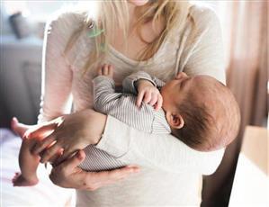 10 نصائح ثمينة للأم الجديدة