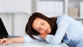 عمل المرأة 45 ساعة أسبوعيا.. خطر على حياتها
