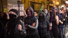 آلاف الإسبانيات يتظاهرن في «بامبلونا» للمطالبة بحقوق المرأة