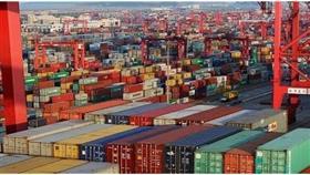 الصين ترد سريعًا وتفرض 25% رسومًا على الواردات الأمريكية