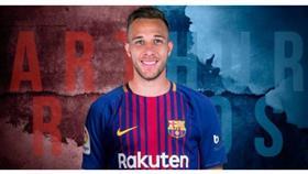 رسميًا.. نادي برشلونة يضم البرازيلي آرثر ميلو