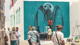 كتاب «أربعون سنة في أصيلة» يوثق الحضور الكبير للبحرين بموسم أصيلة الثقافي خلال 40 سنة