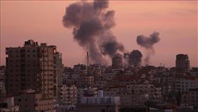 جيش الاحتلال يُغير على مواقع عسكرية في قطاع غزة.. فجرًا وظهرًا