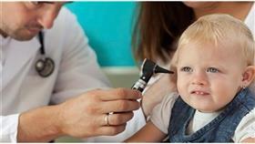 هكذا تكتشف اضطرابات السمع لدى طفلك