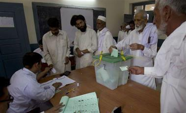 الانتخابات الباكستانية تعلن رسميا فوز حزب «حركة الأنصاف»