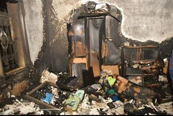 إنقاذ عدة أشخاص احتجزتهم النيران في حريق منزل بعبدالله المبارك