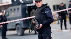 الأمن التركي يلقي القبض على زعيم منظمة إجرامية مطلوب للإنتربول