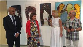 فنانة كويتية تبرز الفن التشكيلي الكويتي في معرضها الشخصي الأول في بولندا