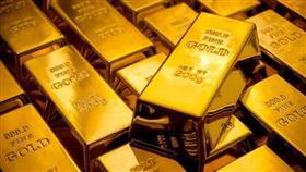 الذهب يتخلى عن مكاسبه المبكرة مع ارتفاع الدولار
