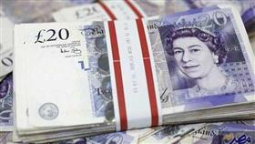الإسترليني يواصل الهبوط مع صعود الدولار