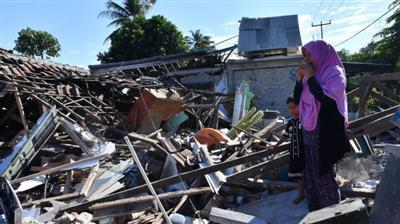 إندونيسيا: ارتفاع عدد ضحايا زلزال لومبوك لـ 400 قتيل