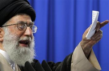 خامنئي: سوء الإدارة في إيران أضر الاقتصاد أكثر من العقوبات الأمريكية