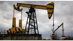النفط يرتفع بدعم خفض إنتاج السعودية وعقوبات إيران