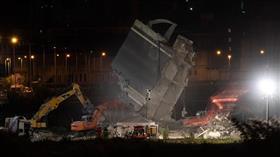 إيطاليا تواصل رفع أنقاض الجسر المنهار فى مدينة جنوة والبحث عن ناجين
