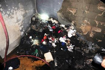 4 فرق إطفاء أخمدت حريق سرداب عمارة بالسالمية