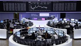 الأسهم الأوروبية تنخفض والآسيوية ترتفع بعد تعليقات ترامب