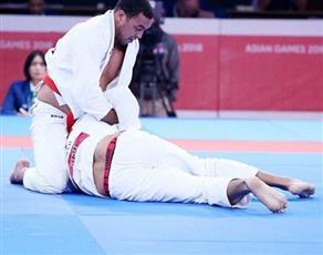 قائد منتخب الإمارات فيصل الكتبي يحرز الميدالية الذهبية الثانية في منافسات «الجوجيتسو» بآسياد جاكرتا