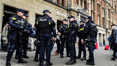 هولندا: جرح 3 أشخاص في عملية طعن بمحطة قطار أمستردام