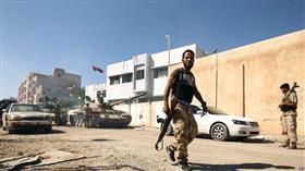 مسلحون يعتدون على السفير السوداني في ليبيا