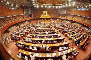 باكستان: انتخاب مقرب من عمران خان رئيساً جديداً للبلاد