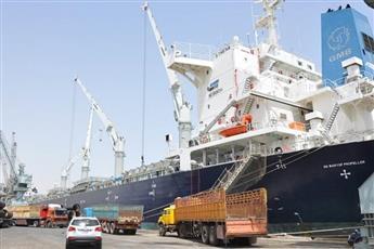 السلطات العراقية تغلق ميناء أم قصر الأكبر.. بسبب احتجاجات البصرة