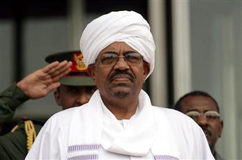 رئيس السودان يقرر حل حكومة الوفاق الوطني
