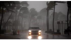 أمريكا تعلن حالة الطوارىء في ولايتي كارولينا جراء إعصار فلورنس