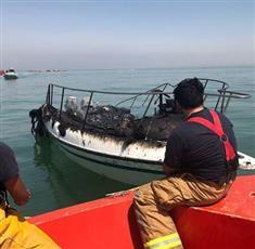 «الإطفاء»: إخماد حريق يخت بالقرب من سوق شرق.. دون إصابات