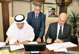 الجامعة توقع اتفاقية مشروع الحرم الطبي في المدينة الجامعية