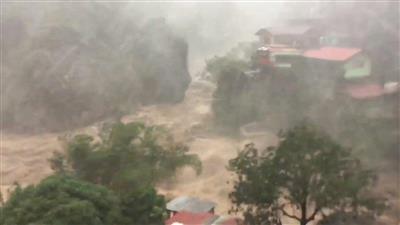 هونغ كونغ: إلغاء جميع الرحلات بسبب إعصار مانجكوت