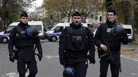 شرطة المفرقعات تفحص سيارة مريبة بالعاصمة الفرنسية