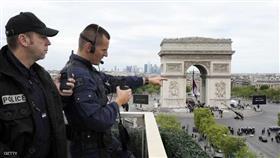 شرطة المفرقعات تخلي أهم ميادين باريس