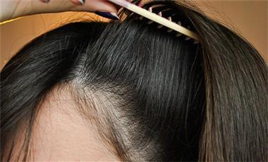 جفاف الشعر بالبيض