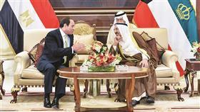 سمو الأمير يتلقى اتصالا هاتفيا من الرئيس المصري ويتبادلان الرأي حول المستجدات إقليميا ودوليا