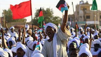 السودان.. توقيف 816 شخصاً في الاحتجاجات
