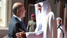 جانب من لقاء في الدوحة بين الرئيس العراقي وأمير قطر