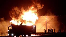 انفجار عنيف يهز مصفاة نفط في عدن باليمن